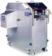 Filleting machine for processing fish
